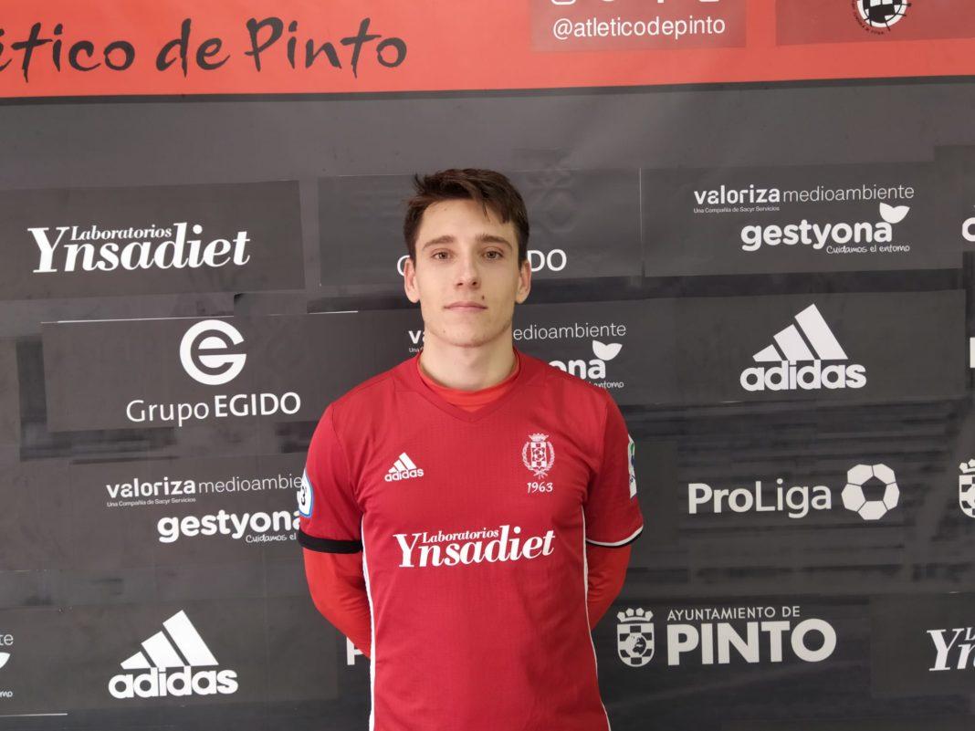 Raúl Pérez deja el Pinto para jugar con su hermano Adrían en el Carabanchel